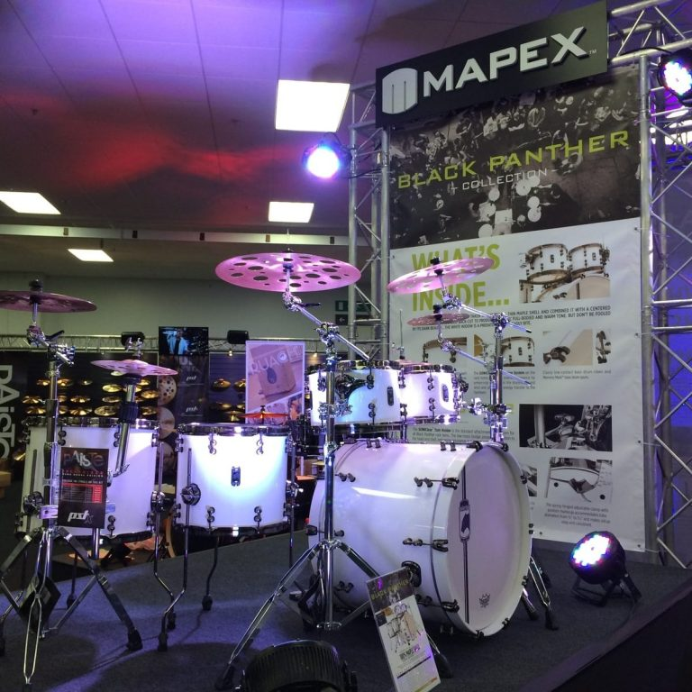 Exhibition stand av equipment supplied.