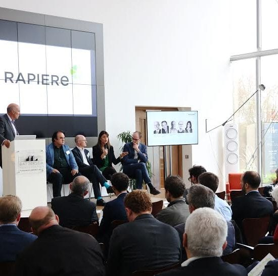 Rapiere Conference London used video walls