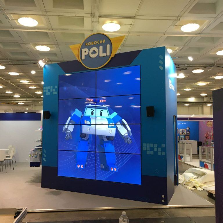 Video wall for exhibition