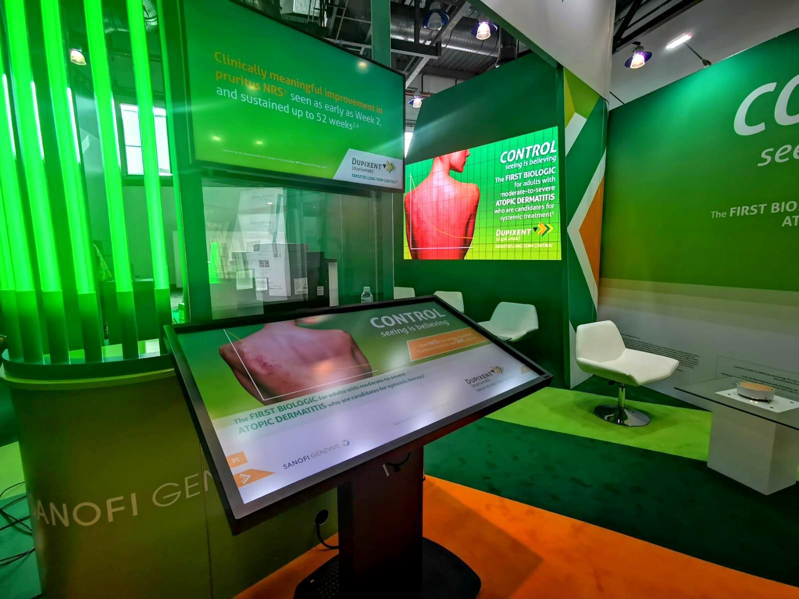 LED Wall and Touch Screen for Custom Exhibition Stand