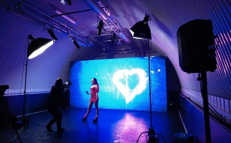 Music Video with LED wall in Studio One